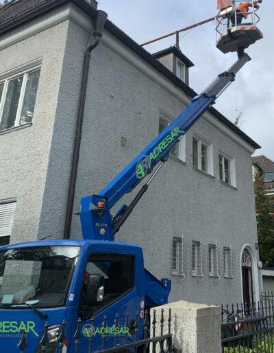 Fahnenmasten Online: Dach-Fahnenmast